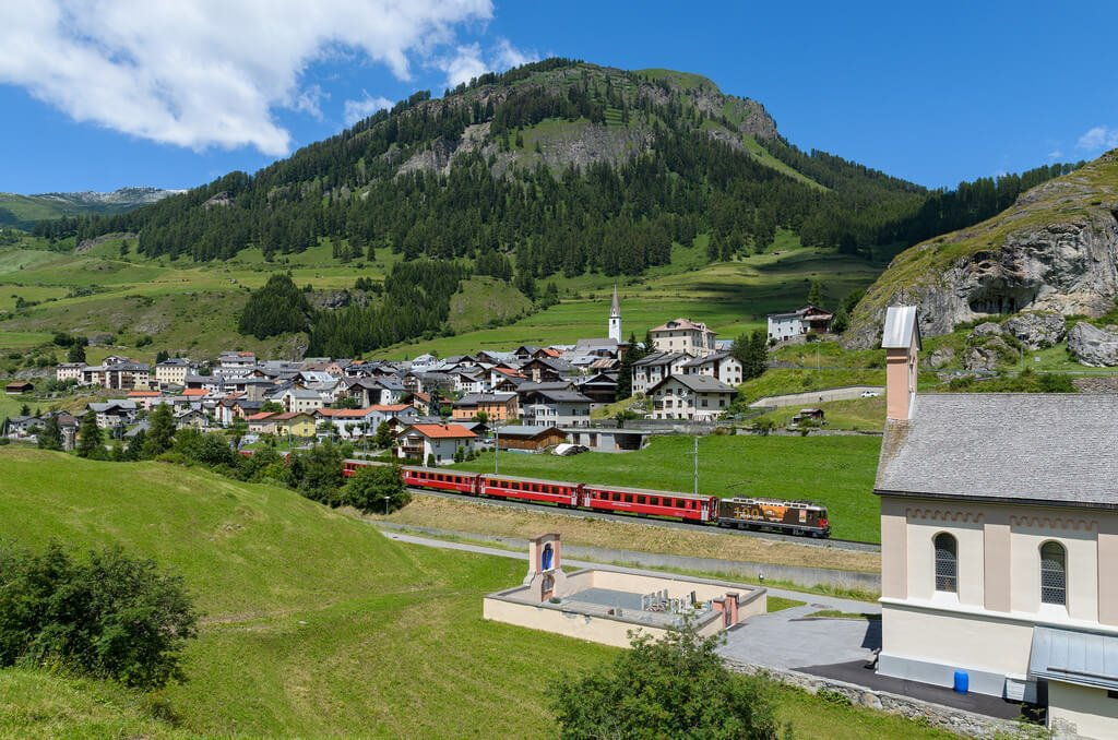 Scuol-Tarasp Switzerland Travelers Wifi Pocket Wifi RHB