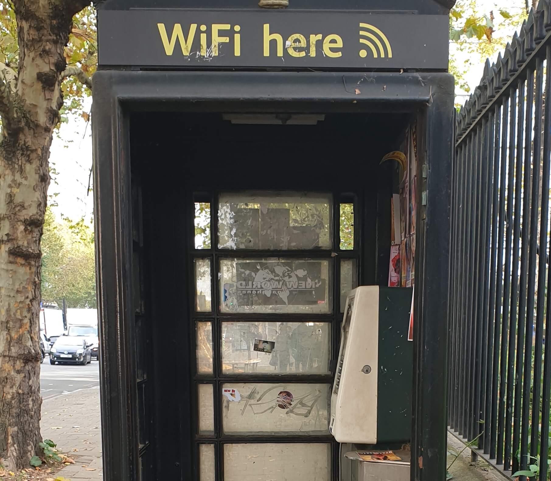 El Wifi gratuito en Londres con cabinas no funciona.