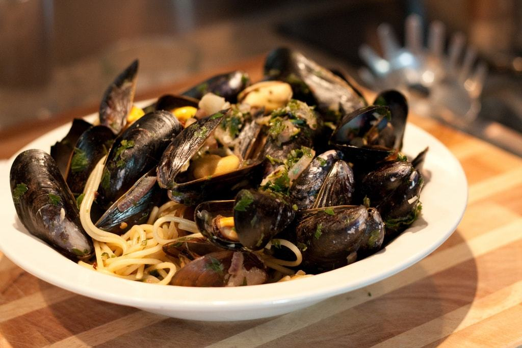 Pasta with Mussels Italian Food Travelers Wifi